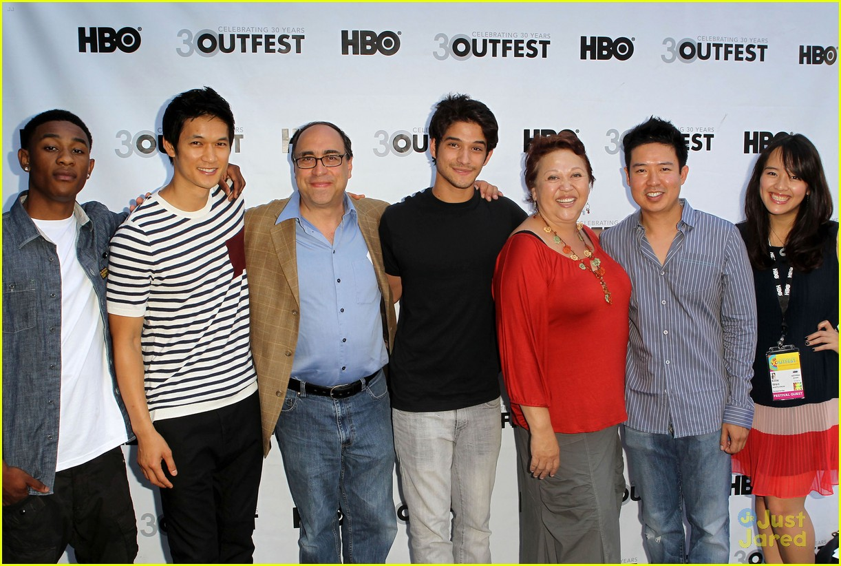outfest white frog 220712
